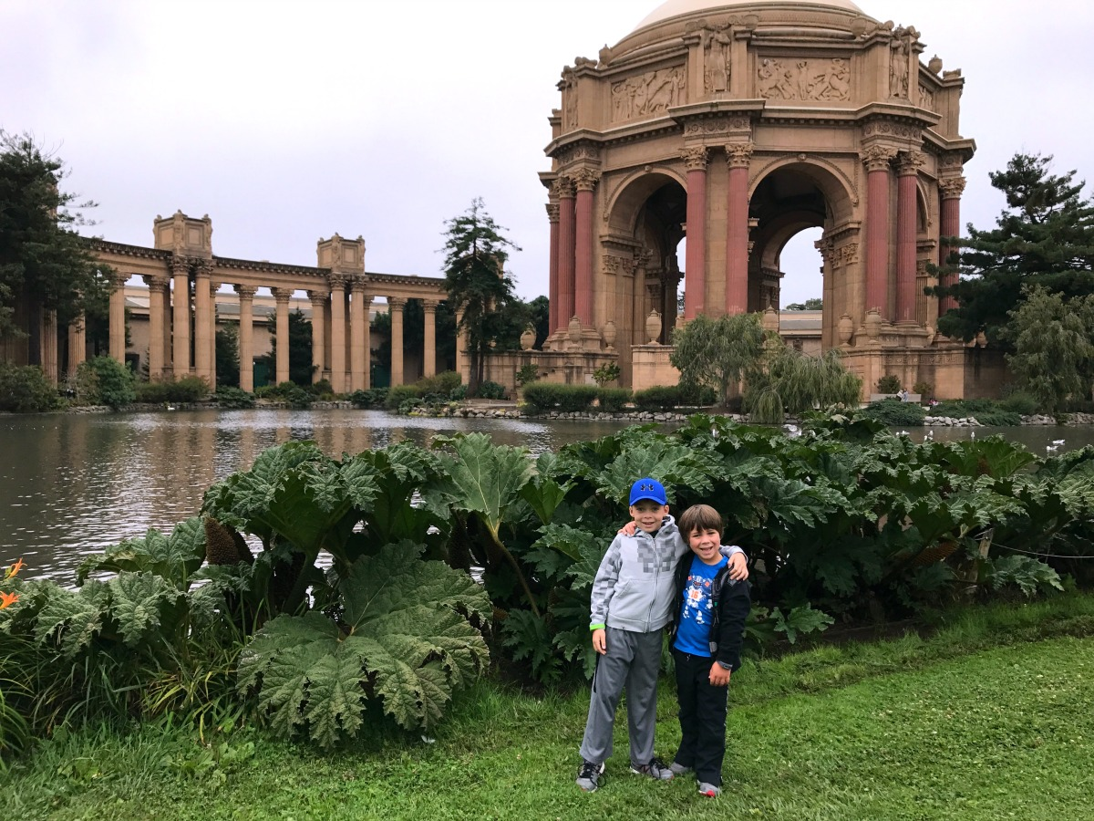Exploring San Francisco with Kids - Palace of Fine Arts
